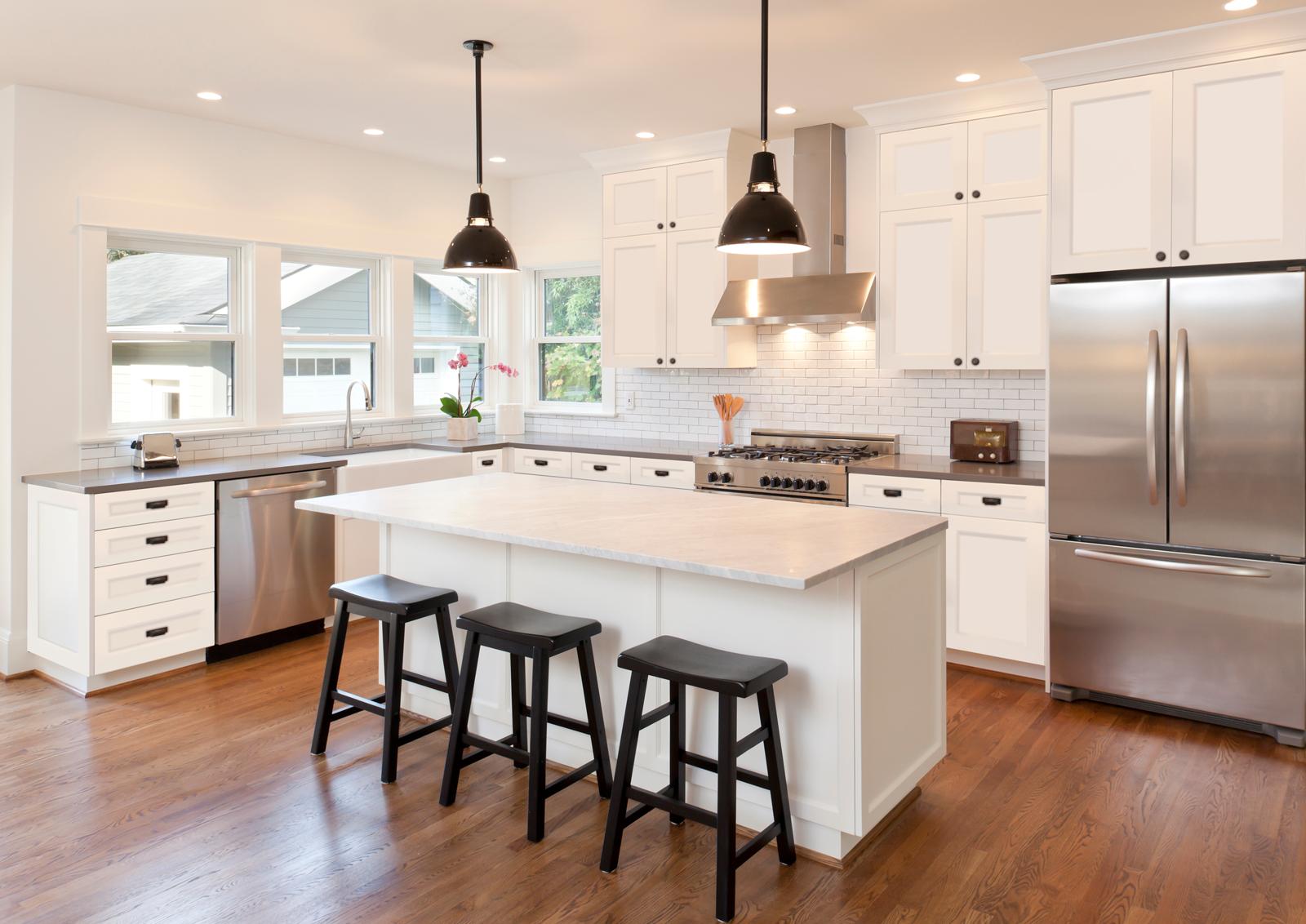 Impression series Elegance Shaker White Kitchen